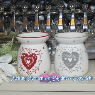 Embossed Heart Ceramic Oil Burner